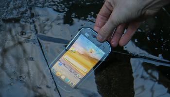 Jak vybrat odolný mobilní telefon